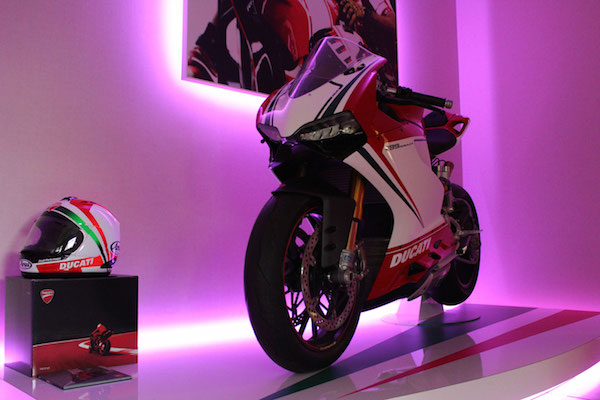 Ducati-purple-LED 400 x 600