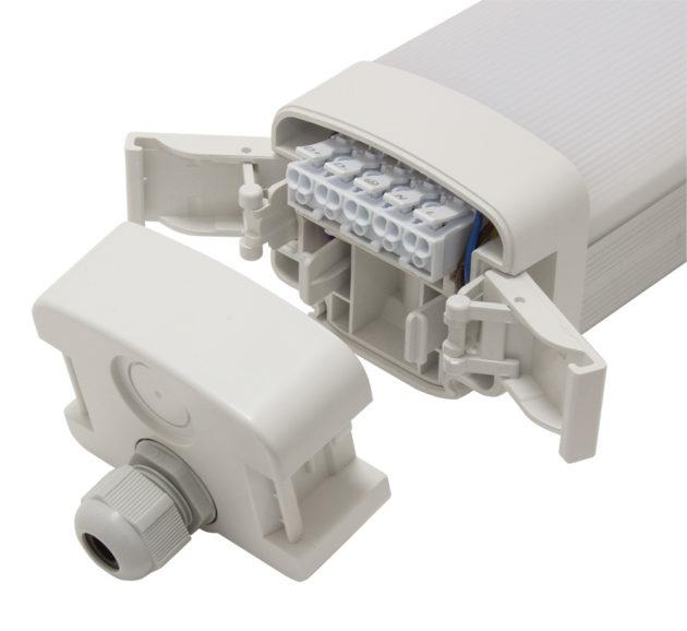 RV2-IP-2600-4K-REV-D-EP3 Tool-less Installation LED Batten Light Emergency Option-3178